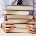 【採用のプロが勧める】激選!これだけは読んでおいた方が良い就活対策本