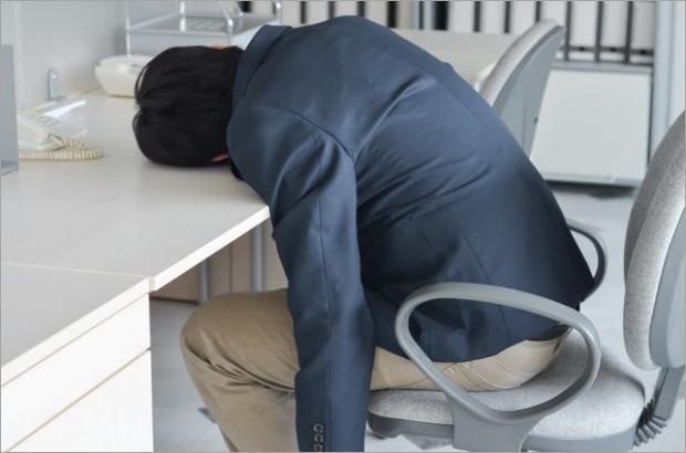 【人気企業の6割が過労死基準超え!?】