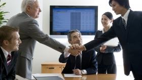 【聞き上手は営業向きだった!】就活生が知っておくべき「営業職」