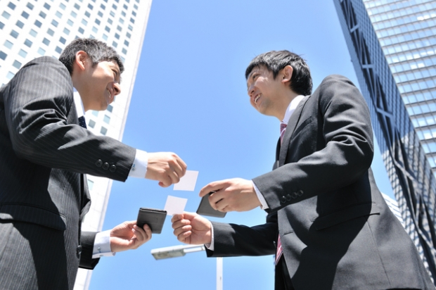 【6つの手段で社員と繋がれる!】就活の合間にOB・OG訪問をしよう!