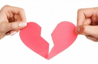 大学生時代の恋人と別れる確立は50%!?