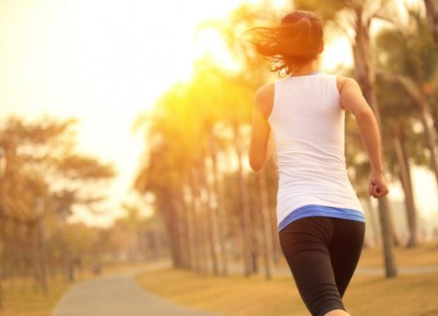 『早朝ランニングはダイエットに最適!』