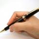 【意外と大事!?】就活で使うボールペン選び