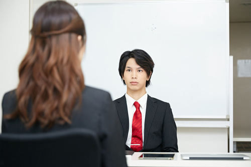 【就活生必見!】面接の逆質問対策と具体例