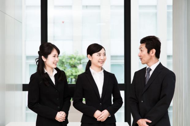 先輩社員で会社の社風や雰囲気が分かる!積極的に会っておこう!