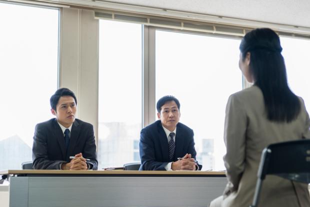 【就活生の悩みを解決!】面接で他社の選考状況を聞かれたらどうすればいいの?